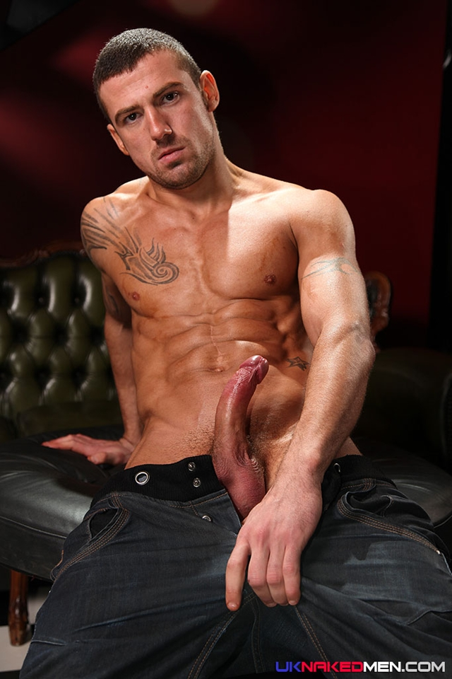 Tattooed-muscle-stud-Marco-Sessions-UK-Naked-Male-03-photo