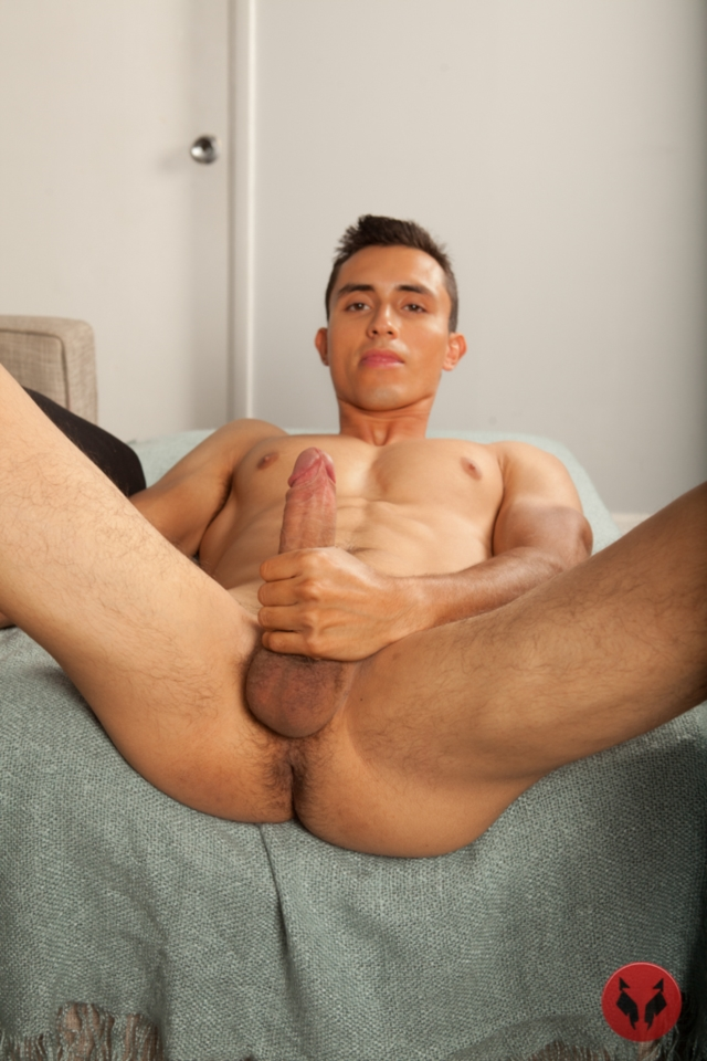 Antonio-Galvan-Randy-Blue-Video-Gay-Porn-Stars-Naked-Muscle-Boys-Muscled-Gay-Men-young-nude-studs-tattooed-hunks-01-gallery-video-photo