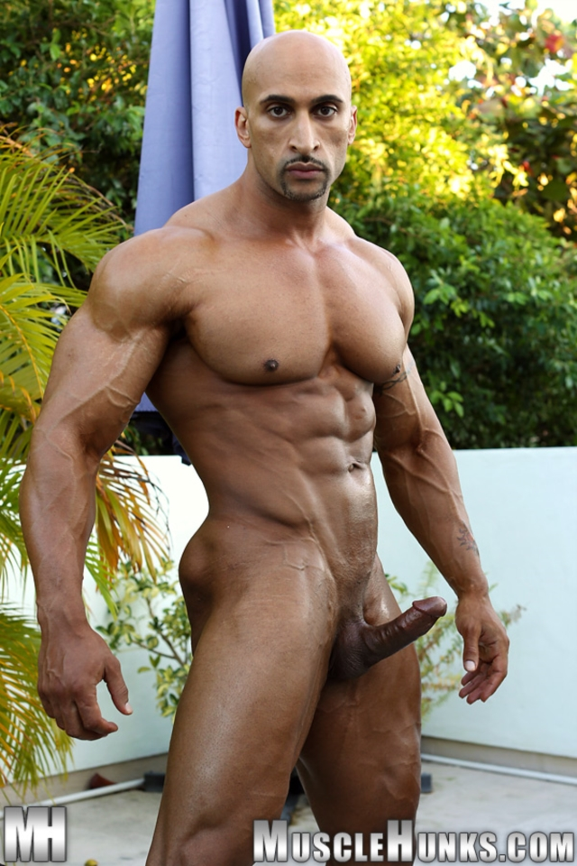 Rico-Cane-Muscle-Hunks-nude-gay-bodybuilders-porn-muscle-men-muscled-hunks-big-uncut-cocks-tattooed-ripped-07-pics-gallery-tube-video-photo
