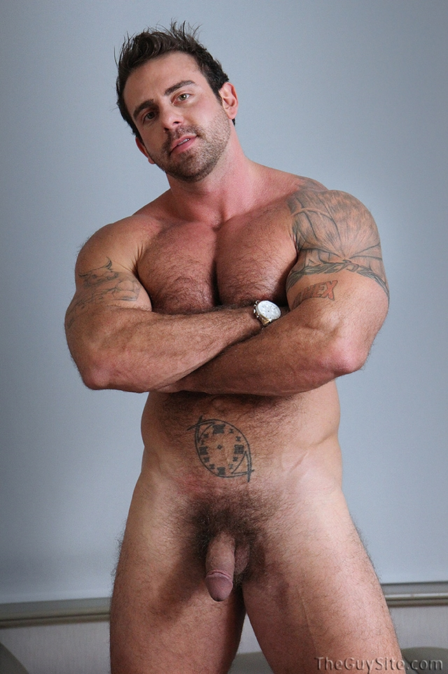 Guy-Site--Muscle-hunk-bear-Xavier-big-muscles-dark-fur-tattooed-stud-masturbates-tattoos-007-male-tube-red-tube-gallery-photo