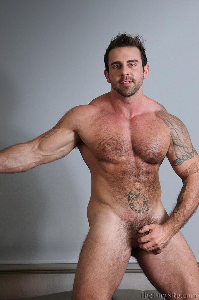 Guy-Site--Muscle-hunk-bear-Xavier-big-muscles-dark-fur-tattooed-stud-masturbates-tattoos-008-male-tube-red-tube-gallery-photo