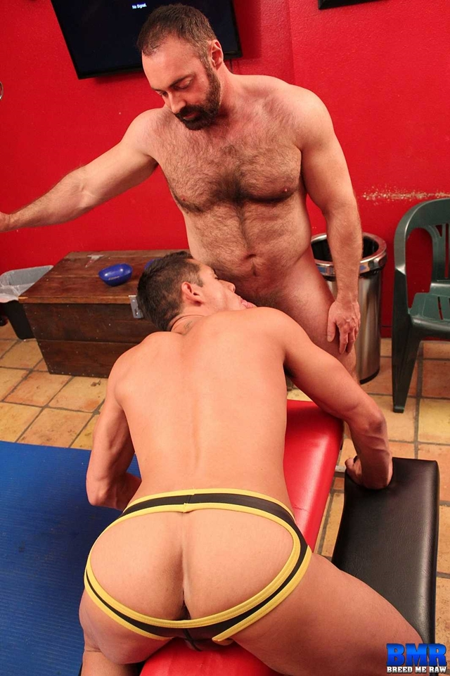 Breed-Me-Raw-Bobby-Hart-raw-cock-hairy-chest-hunk-Brad-Kalvo-fuck-Bobby-erect-dick-bareback-002-male-tube-red-tube-gallery-photo