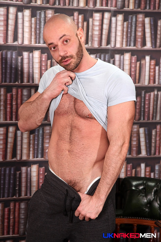 UKNakedMen-Bruno-Fox-fucks-muscle-ass-hole-Paul-Walker-hot-straight-boy-seed-002-male-tube-red-tube-gallery-photo