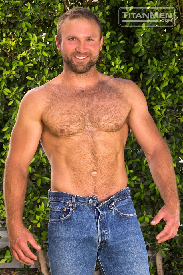 Titan-Men-Tom-Wolfe-cock-Jay-Bentley-whips-fucking-bottom-hard-cock-rides-ass-hairy-chested-hunks-004-male-tube-red-tube-gallery-photo