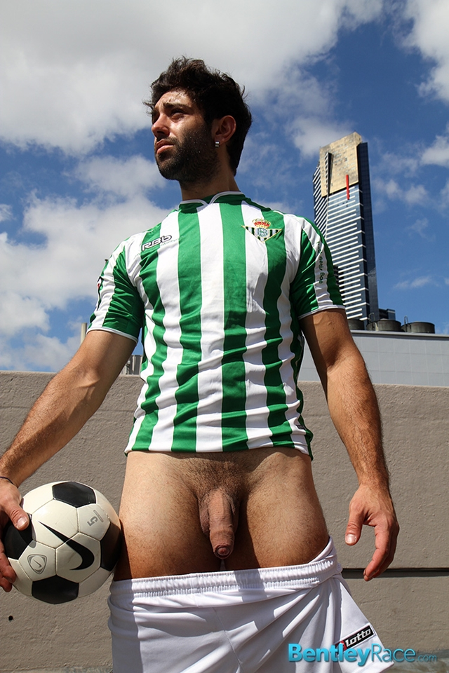 BentleyRace-24-year-old-straight-Adam-El-Shawar-nude-footballer-player-soccer-footie-kit-Bubble-butt-016-male-tube-red-tube-gallery-photo