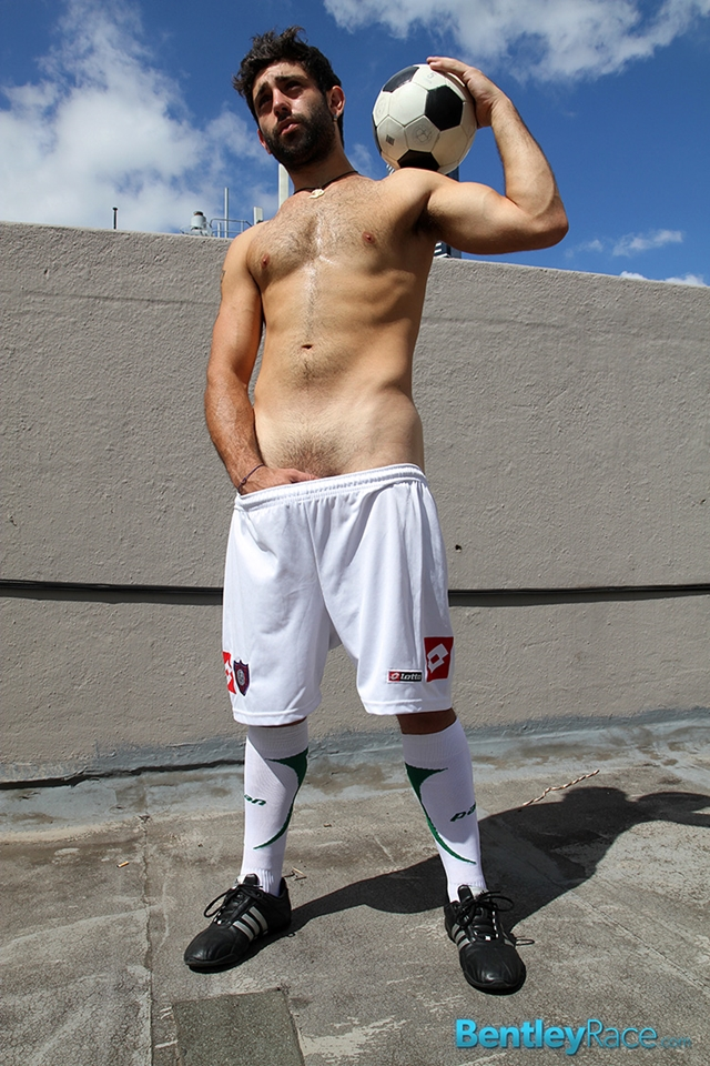 BentleyRace-24-year-old-straight-Adam-El-Shawar-nude-footballer-player-soccer-footie-kit-Bubble-butt-018-male-tube-red-tube-gallery-photo