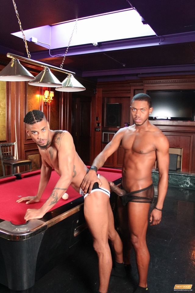 Next-Door-Ebony-kissing-Jin-Powers-Krave-Moore-massive-erection-licks-ass-fucking-dick-pounds-tender-012-male-tube-red-tube-gallery-photo