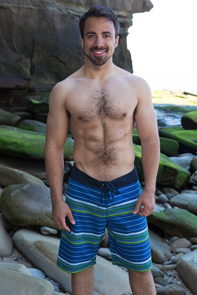 Sean-Cody-bearded-Eddie-beautiful-gorgeous-hairy-chest-fur-hair-ass-cheeks-bubble-butt-average-dick-004-male-tube-red-tube-gallery-photo