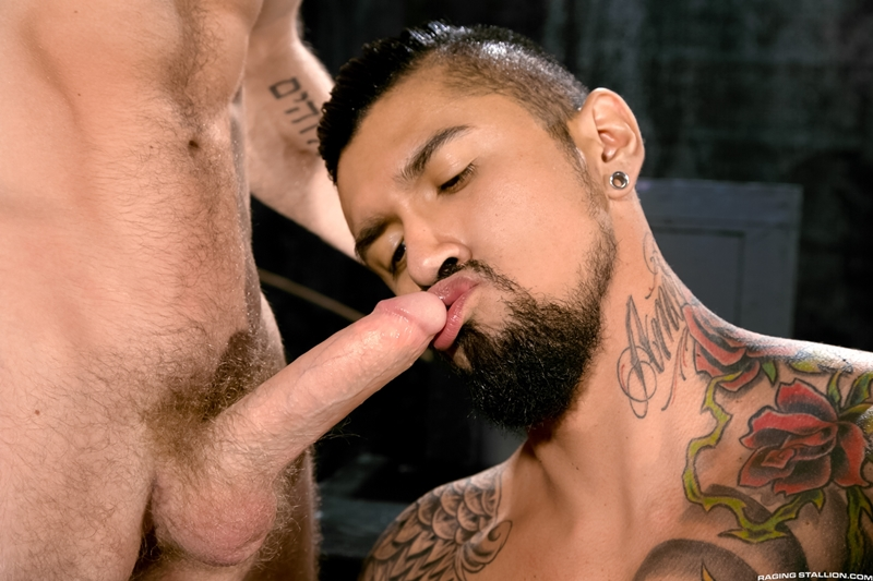 RagingStallion-Boomer-Banks-bearded-bear-cub-Shawn-Wolfe-fur-balls-bend-over-tight-ass-hole-squats-massive-cock-load-straight-cum-loving-003-tube-download-torrent-gallery-sexpics-photo