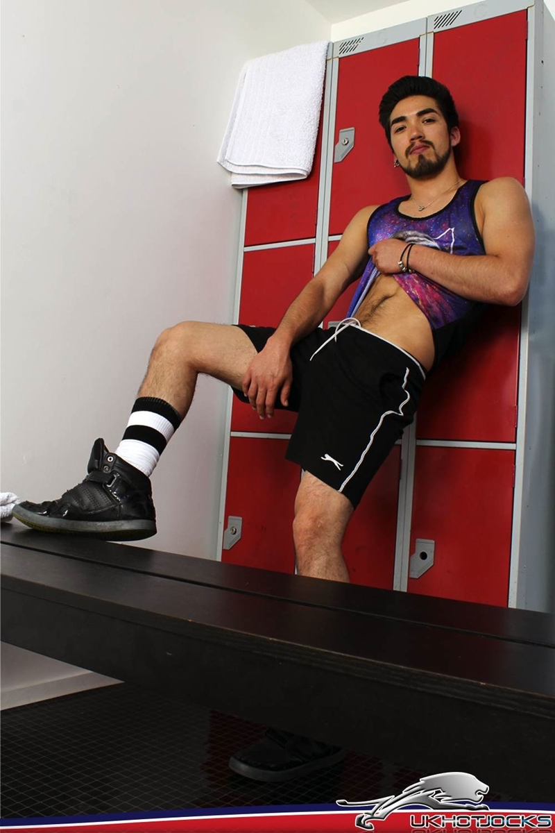 UKHotJocks-Sexy-cute-Alexis-Belfort-gorgeous-exhibitionist-locker-room-sexy-pierced-nipples-crotch-dick-shorts-hot-horny-locker-jock-005-tube-download-torrent-gallery-sexpics-photo