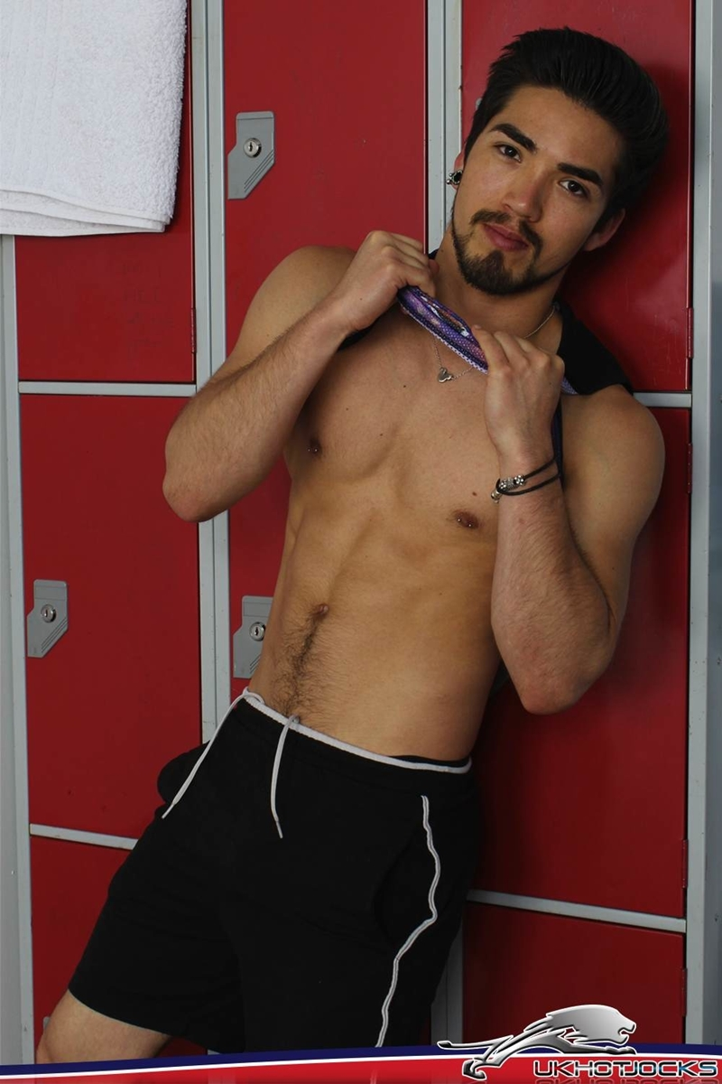 UKHotJocks-Sexy-cute-Alexis-Belfort-gorgeous-exhibitionist-locker-room-sexy-pierced-nipples-crotch-dick-shorts-hot-horny-locker-jock-006-tube-download-torrent-gallery-sexpics-photo