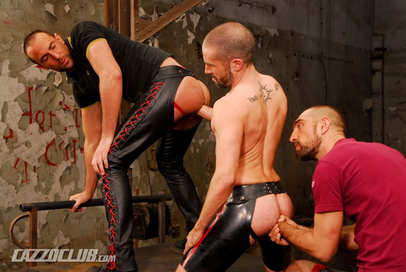 CazzoClub-Nicolas-Paris-David-Castan-Nicolas-Torri-sex-pigs-hungry-tops-hot-man-jizz-fisting-assplay-asshole-two-fists-006-tube-download-torrent-gallery-sexpics-photo