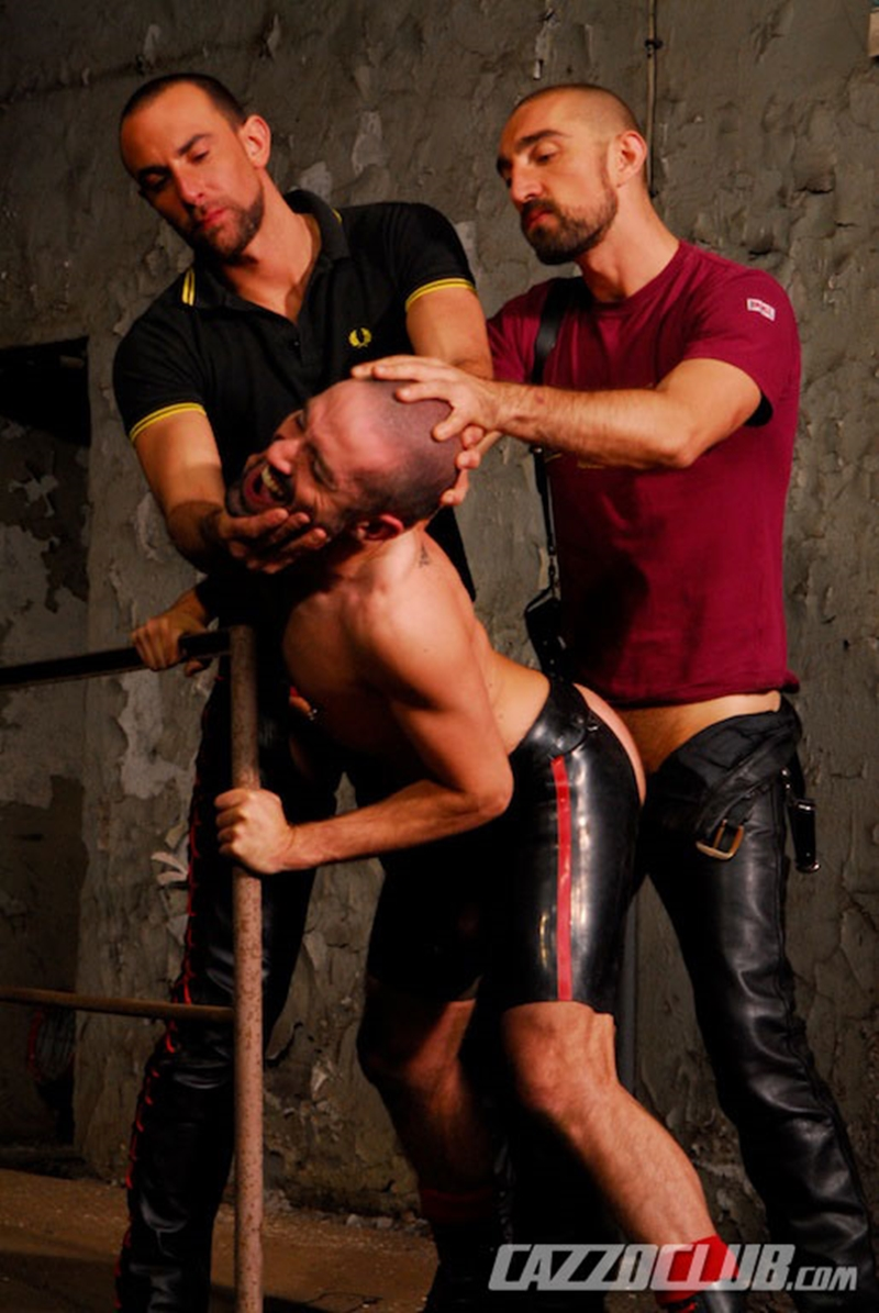 CazzoClub-Nicolas-Paris-David-Castan-Nicolas-Torri-sex-pigs-hungry-tops-hot-man-jizz-fisting-assplay-asshole-two-fists-009-tube-download-torrent-gallery-sexpics-photo