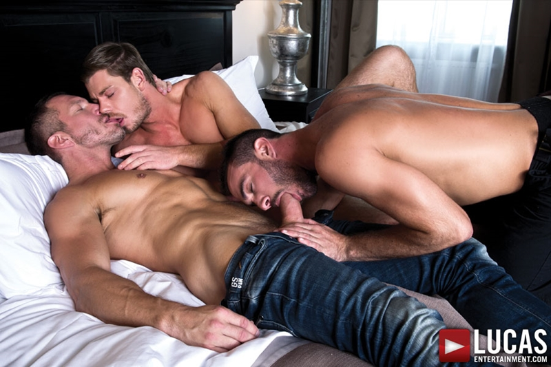 LucasEntertainment-bareback-uncut-cock-Toby-Dutch-Tomas-Brand-fucking-bottom-raw-Alejandro-Alvarez-001-tube-download-torrent-gallery-sexpics-photo