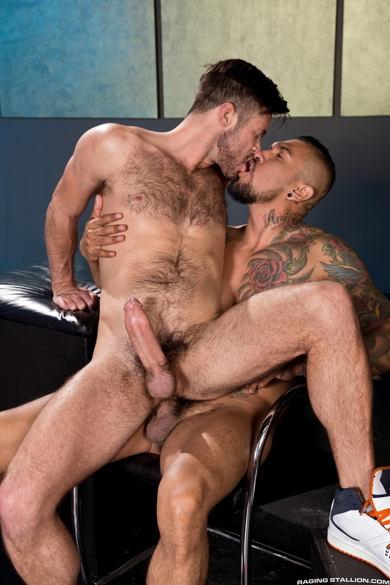 RagingStallion-Boomer-Banks-Mike-De-Marko-10-inch-cock-muscled-cums-blows-massive-load-six-pack-abs-jerks-013-tube-download-torrent-gallery-sexpics-photo