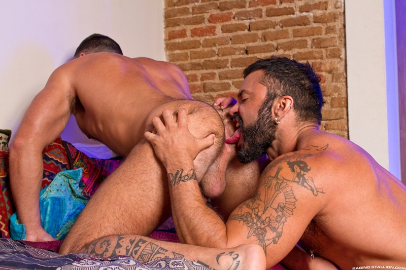 RagingStallion-Rogan-Richards-Abraham-Al-Malek-muscle-hunk-hole-hard-naked-men-big-dicks-jerk-thick-jizz-loads-008-tube-download-torrent-gallery-sexpics-photo