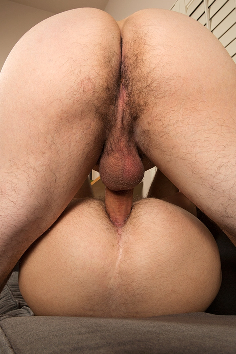 SeanCody-bubble-butt-muscled-stud-raw-cock-Ollie-bareback-fucks-Joey-man-hole-boys-orgasm-balls-cum-008-tube-download-torrent-gallery-sexpics-photo