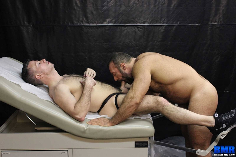 BreedMeRaw-Nick-Muscle-Daddy-gay-porn-star-Brad-Kalvo-cock-sucking-fucker-top-raw-ass-fucking-bareback-001-tube-video-gay-porn-gallery-sexpics-photo