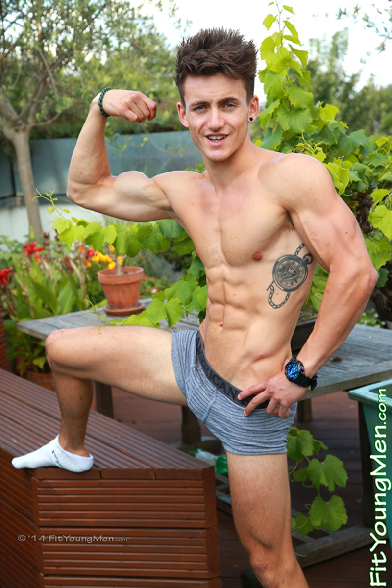 FitYoungMen-Travis-Banfield-Sailor-Age-20-years-old-hot-young-boys-straight-hunks-big-uncut-dick-floppy-foreskin-005-tube-video-gay-porn-gallery-sexpics-photo
