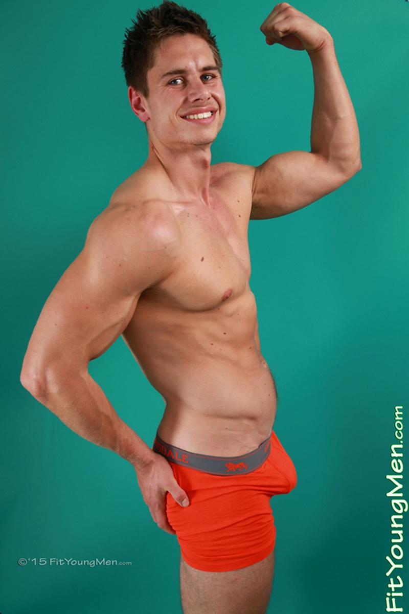 FitYoungMen-Ben-Ritchie-Personal-Trainer-Age-24-years-old-Straight-muscle-hunk-ripped-six-pack-abs-cock-bulge-sportswear-002-gay-porn-video-porno-nude-movies-pics-porn-star-sex-photo