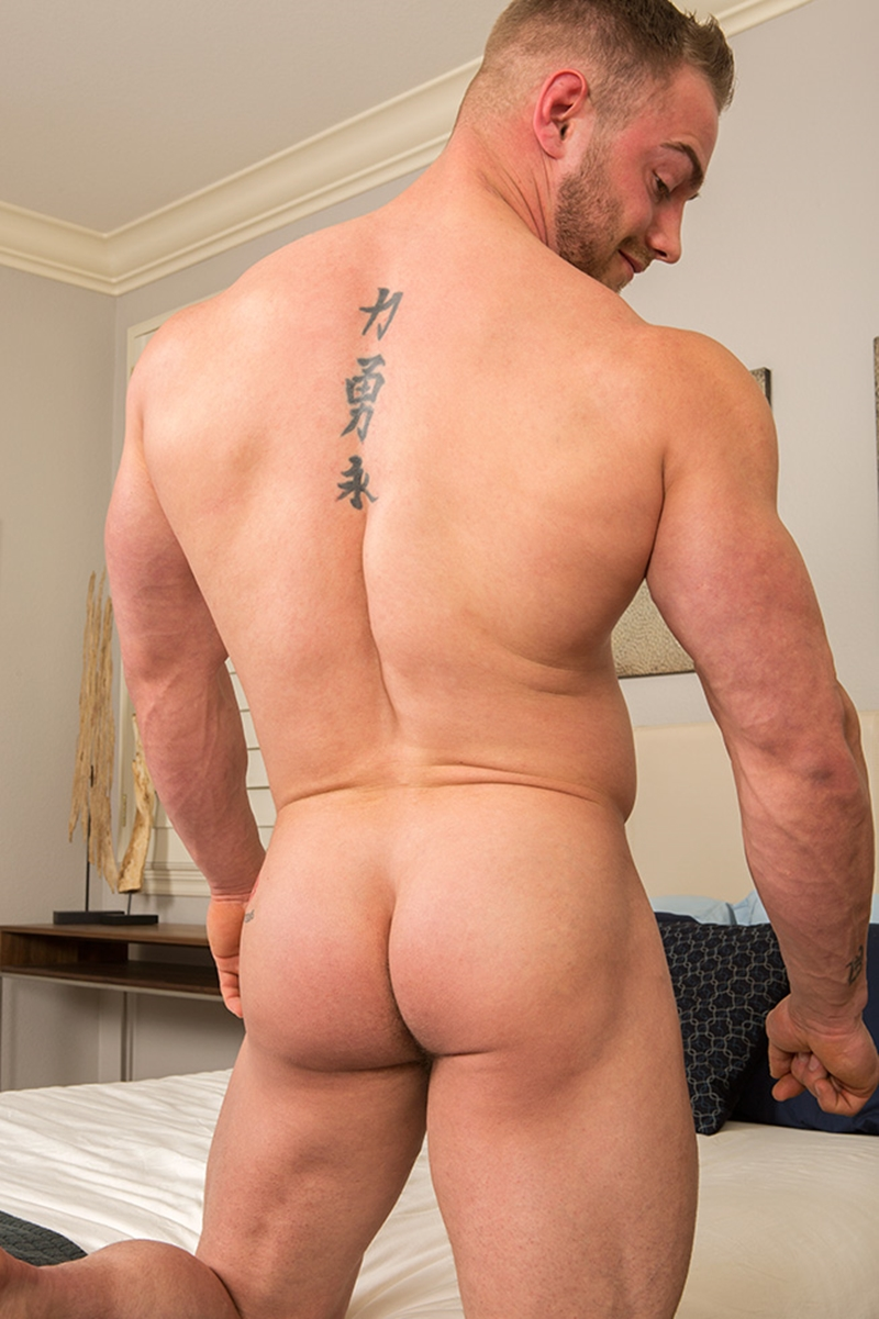 SeanCody-Sexy-bearded-muscle-hunk-Brock-strips-naked-ripped-abs-v-shaped-chest-huge-dick-bouncing-Jerking-hard-erect-cum-shots-006-gay-porn-video-porno-nude-movies-pics-porn-star-sex-photo