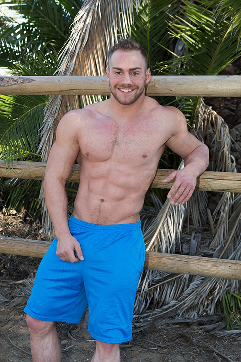 SeanCody-Sexy-bearded-muscle-hunk-Brock-strips-naked-ripped-abs-v-shaped-chest-huge-dick-bouncing-Jerking-hard-erect-cum-shots-010-gay-porn-video-porno-nude-movies-pics-porn-star-sex-photo