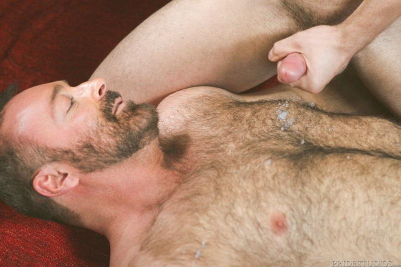 hot naked brunettes giving head