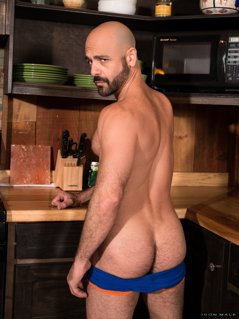 IconMale-naked-muscle-men-kiss-tattoo-Adam-Russo-Tony-Salerno-huge-dick-licks-rims-hairy-butt-hole-fucking-muscular-jock-ass-25-gay-porn-star-sex-video-gallery-photo