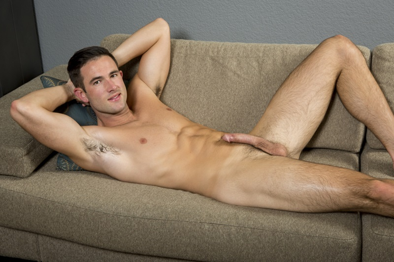 SeanCody-Sexy-young-muscle-dude-Stanley-shorts-ankles-ripped-six-pack-abs-hairy-legs-chest-hair-stubble-muscular-big-dick-wanks-05-gay-porn-star-sex-video-gallery-photo