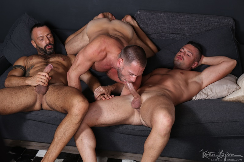 KristenBjorn-sexy-naked-muscle-men-Gabriel-Lunna-Alberto-Esposito-Hans-Berlin-threesome-ass-fucking-huge-uncut-cocks-anal-assplay-rimming-011-gay-porn-sex-gallery-pics-video-photo