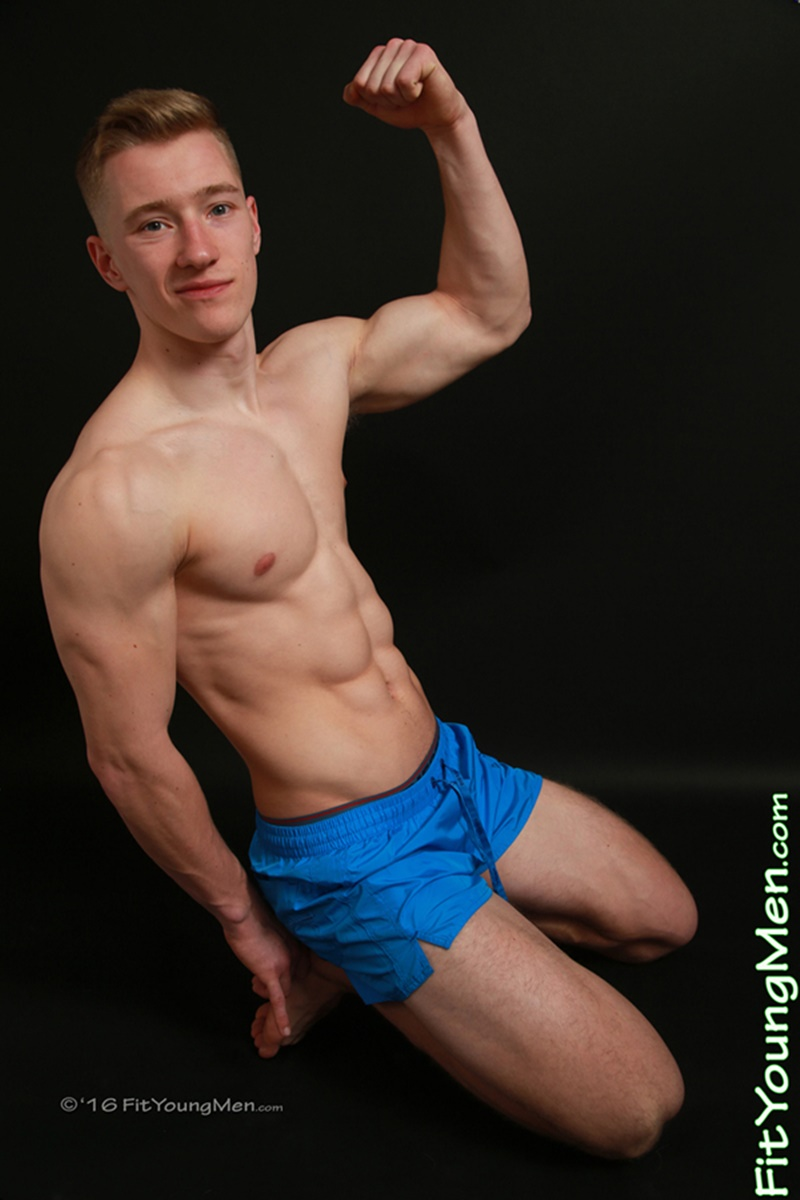 FitYoungMen-sexy-nude-sportsman-Tom-Wills-Personal-Trainer-Age-21-years-old-Straight-Britsh-young-dude-big-thick-uncut-9-inch-dick-underwear-005-gay-porn-sex-gallery-pics-video-photo