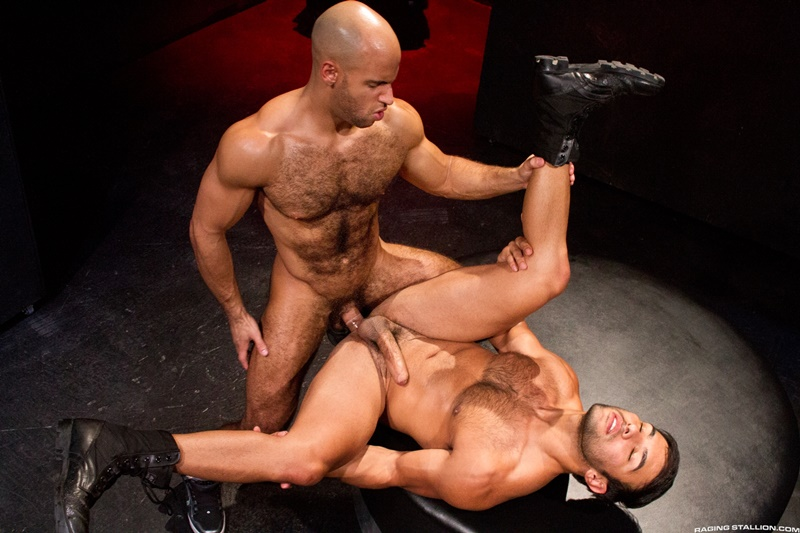 RagingStallion-dark-room-Dorian-Ferro-muscle-worship-Sean-Zevran-big-low-hanging-balls-huge-erect-hard-cock-to-ass-muscled-hairy-chest-013-gay-porn-sex-gallery-pics-video-photo
