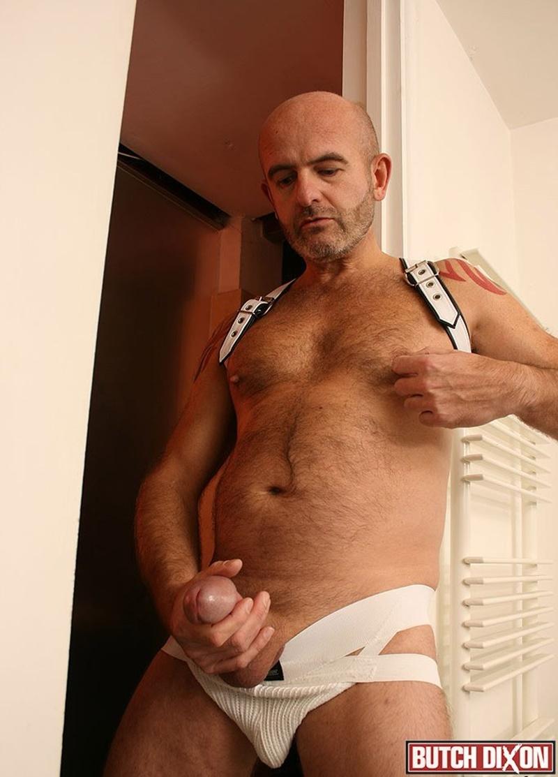 butchdixon-big-hairy-naked-bear-men-daddy-oliver-large-uncircumcized-uncut-dick-foreskin-jerk-off-solo-huge-cumshot-orgasm-jizz-007-gay-porn-sex-gallery-pics-video-photo