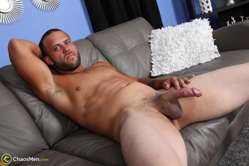 chaosmen-straight-beard-nude-dude-rough-construction-worker-kendrick-jerks-huge-8-inch-dick-tattoo-big-muscle-hunk-wanking-009-gay-porn-sex-gallery-pics-video-photo