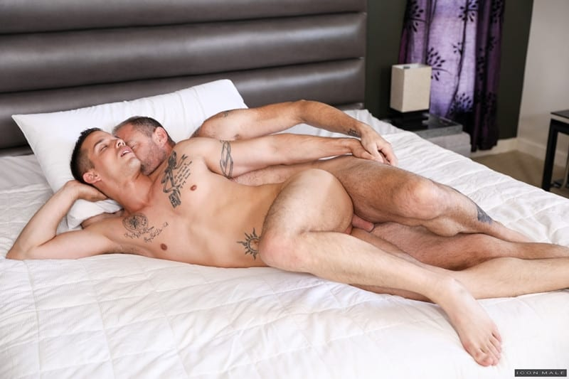 Men for Men Blog D-Arclyte-fucks-young-hottie-Nic-Sahara-virgin-asshole-Hot-older-hunk-IconMale-009-gay-porn-pictures-gallery Hot older hunk D Arclyte destroys young hottie Nic Sahara's virgin asshole Icon Male