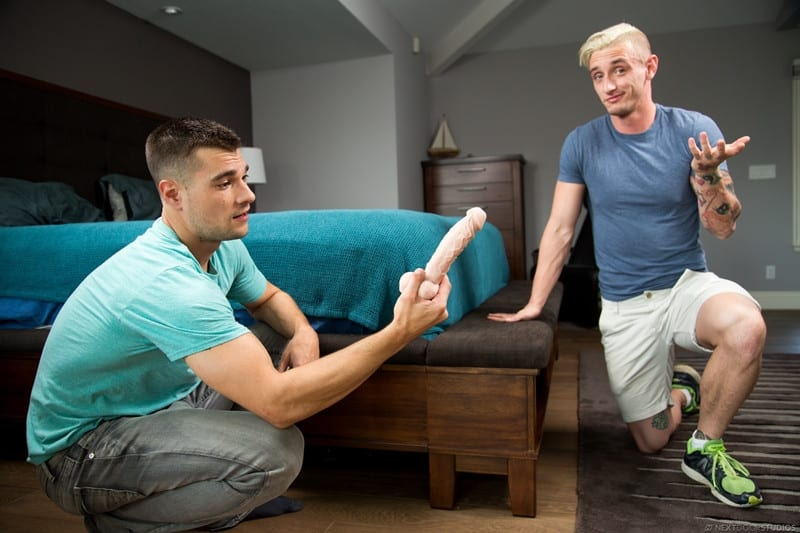 Men for Men Blog Princeton-Price-Lance-Ford-huge-dildo-ass-hole-rimming-big-dick-sucking-NextDoorBuddies-004-gay-porn-pictures-gallery Princeton Price watches the huge dildo stretch Lance Ford's ass hole wide open Next Door Buddies
